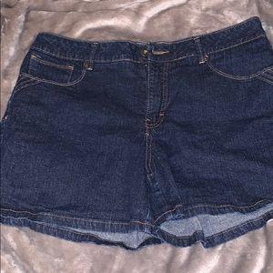 St. John's bay jean shorts never worn 14